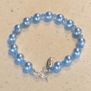💕Beautiful Baby blue Pearl Bracelet💕